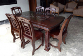 Dining Table with 10mm Thickness Glass