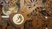 Gitter Shape Wooden Wall Clock