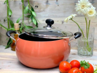 Noah 28.5cm Non-Stick Apple Belly Pot