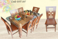 Love Sutter Dining Table