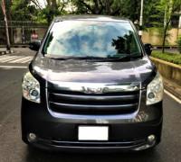 Toyota Noah X Smart 2010