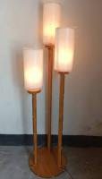 Corner Lamp with 3 Stand