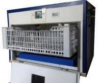 Auto Temperature Control 60 Egg Incubator