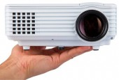 Mini LED 3D Projector TV Port SVGA 800 Lumens RD805