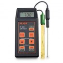 Hanna HI -8424 Portable Type PH Meter