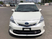 Toyota Prius Alpha G Package