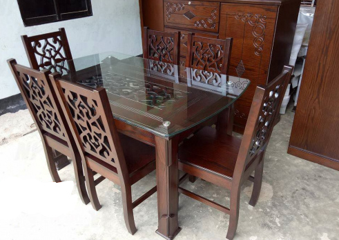 Dining Table with 6 Seat Chair