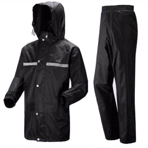 Eva Black Raincoat