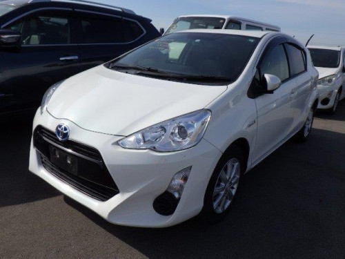 Toyota  Aqua G Push Hybrid 2016