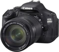 Canon EOS 600D DSLR with 18-55mm f/3.5-5.6 IS II Lens