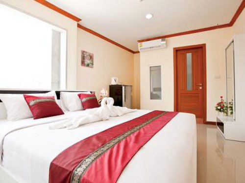 Double Room Booking at Metro Four Star Hotel in Bangkok