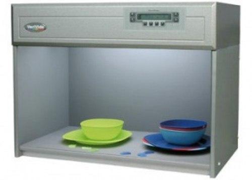 Verivide CAC60 Four Light Sources Color Assessment Cabinet