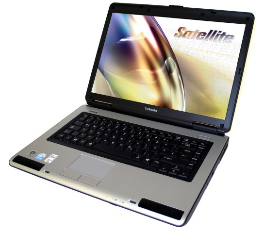 Toshiba Satellite L40-18L Low Budget 2GB 15.1″ Laptop