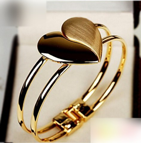 Gold Plated Heart Shape Bracelet
