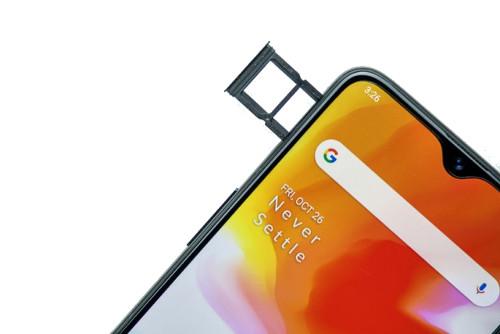 One Plus 6T 6GB RAM 128GB Corning Gorilla Glass 6 Mobile